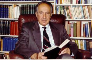 историк